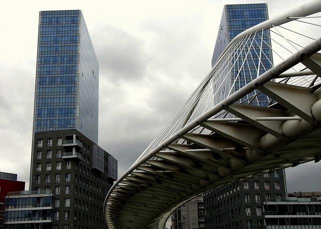 Bilbao architettura contemporanea a abandoibarra for Architettura moderna e contemporanea