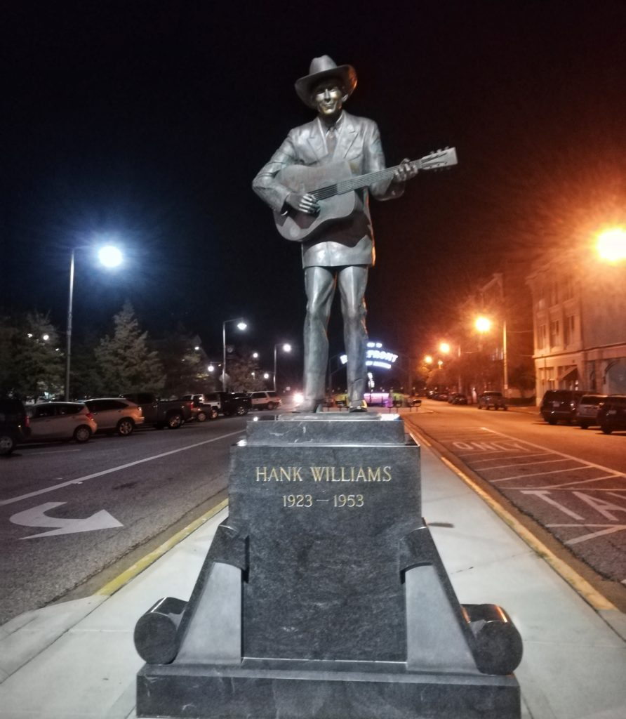 statua hank williams