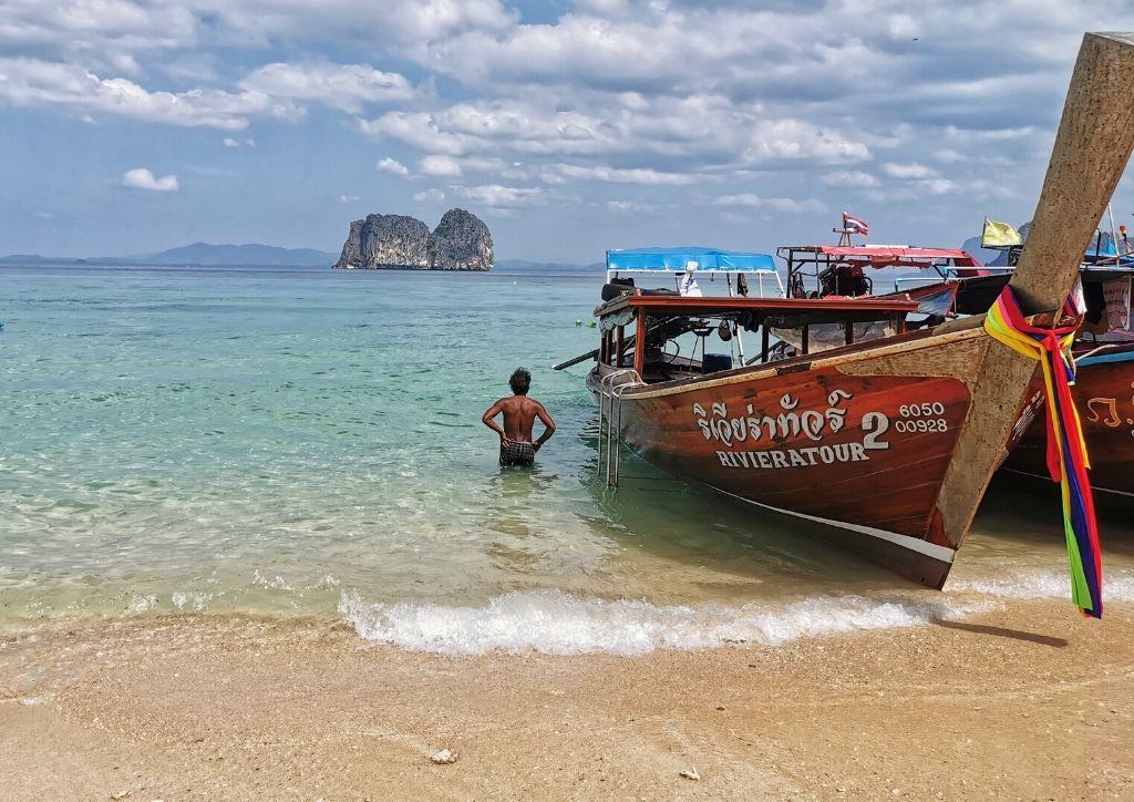 escursione in barca alle 4 isole