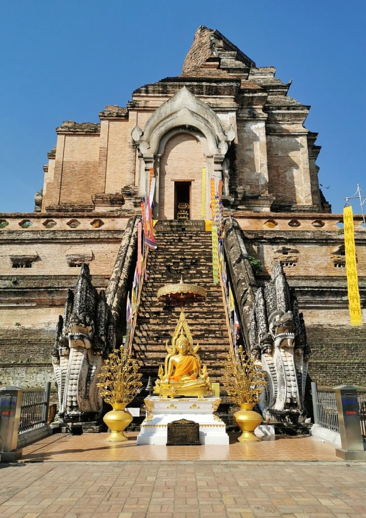 tempio wat chedi luang