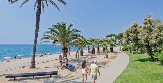 pineda de mar spiaggia e lungomare