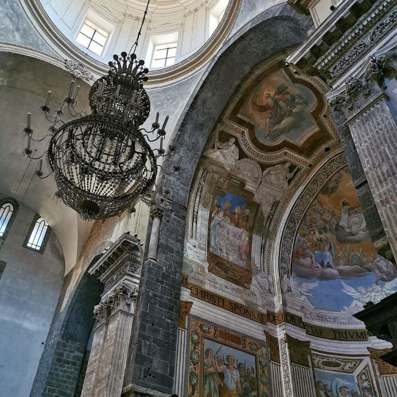 abside della cattedrale di sant'agata con affreschi